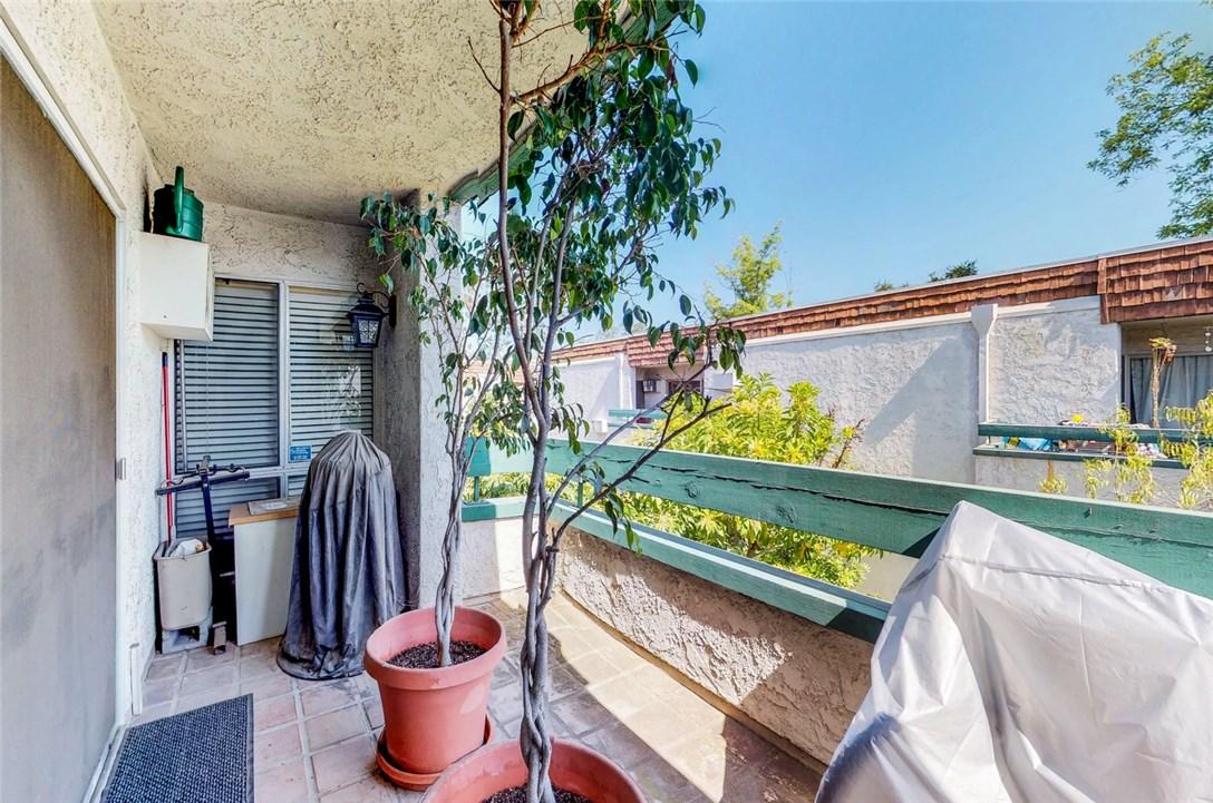 360 S Euclid Av, Pasadena, CA 91101 Photo 12