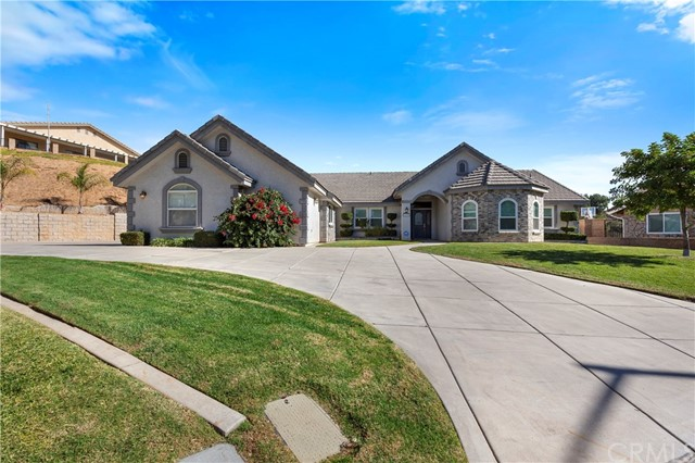 1199 Fairway Lane, Calimesa, CA 92320
