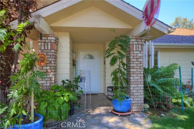 38930 Seven Hills Rd, Oakhurst, CA 93644
