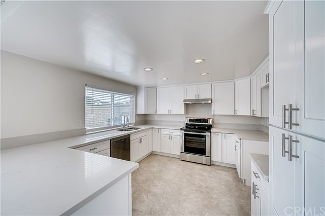 5122 Rotherham Circle, Westminster, CA 92683