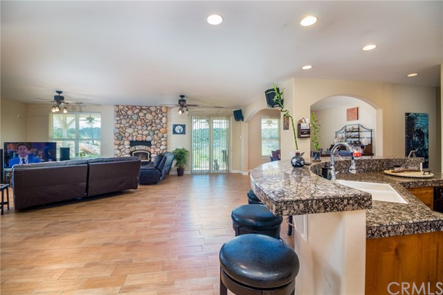 33925 Stage Rd, Temecula, CA 92592 Photo 18