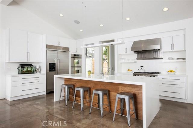 223 Robinhood Place, Costa Mesa, CA 92627