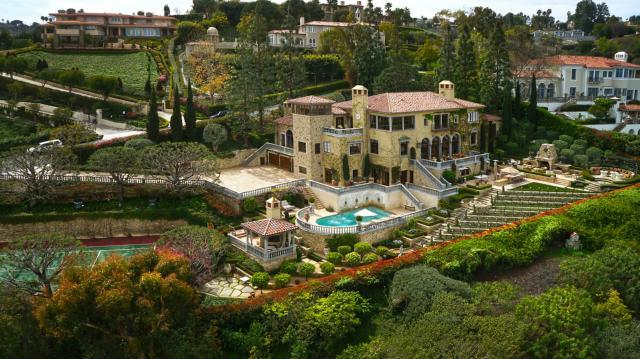 705 Via La Cuesta, Palos Verdes Estates, California 90274, 6 Bedrooms Bedrooms, ,4 BathroomsBathrooms,For Sale,Via La Cuesta,SB14076378