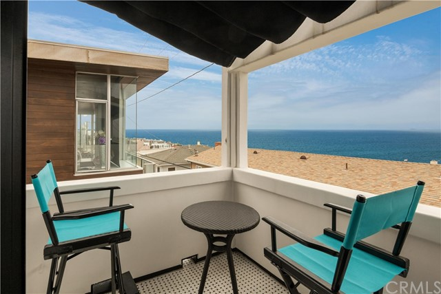 316 34th Street, Manhattan Beach, California 90266, 4 Bedrooms Bedrooms, ,2 BathroomsBathrooms,For Sale,34th,SB20105131