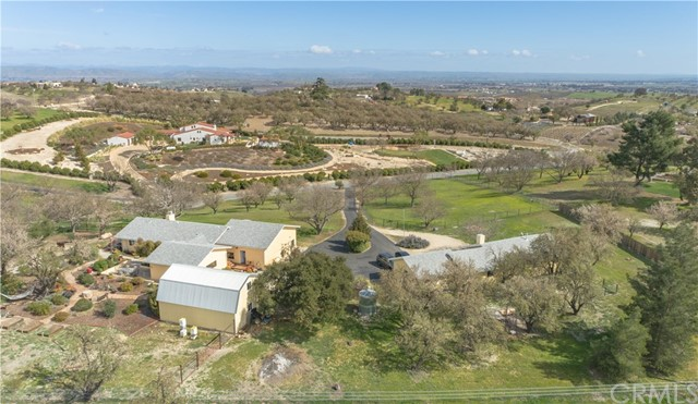 1035 Lost Springs Lane, Paso Robles, CA 93446