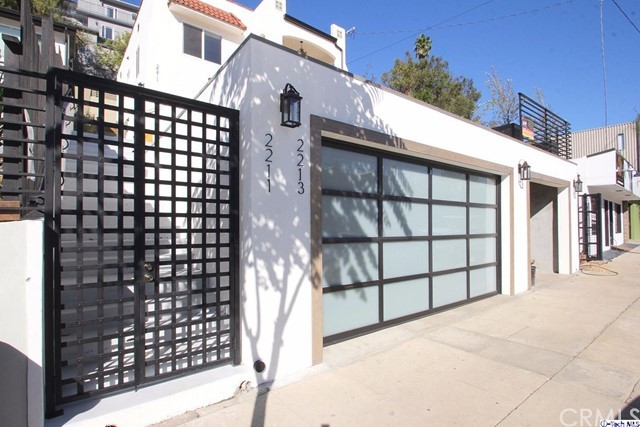 2211 Hyperion Avenue, Los Angeles, CA 90027