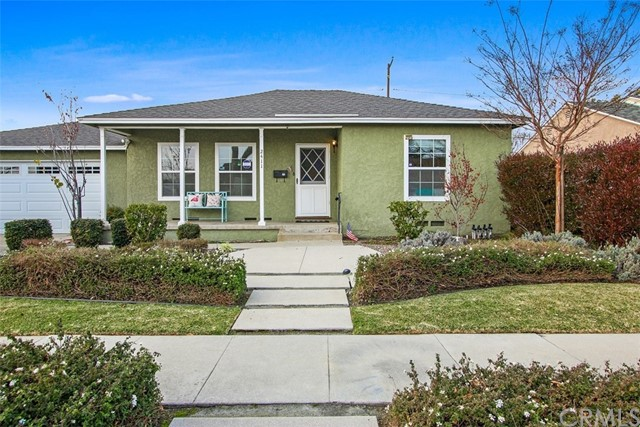 2411 Granada Avenue, Long Beach, CA 90815