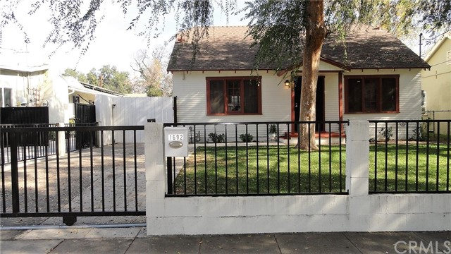 1692 N Marengo Av, Pasadena, CA 91103 Photo 0