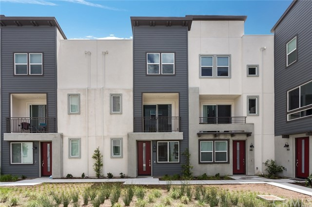 2556 S Escondido Boulevard 408, Escondido, CA 92025