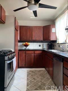 5158     Downey Avenue, Lakewood CA 90712