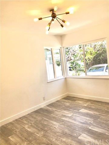 Image 24 of 2288 San Vicente Ave, Long Beach, CA 90815
