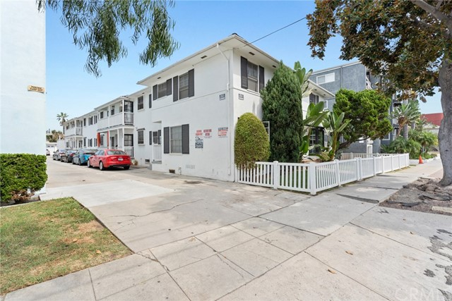 1347 East 3rd Street is an 11-unit multifamily investment property located in Long Beach, one of the premier housing markets in Southern California. Built in 1949, 1347 East 3rd Street offers 10, spacious 1 bed/1 bath units and 1, 3 bed/2.5 bath townhouse. The well-maintained property has recently been renovated with luxury unit upgrades including modern lighting, hardwood floors, paint, ceiling fans, countertops, cabinets, and appliances. In addition to the upgrades, the property features amenities including garage and uncovered parking, private patios and balconies, and in unit washer and dryer hook-ups.