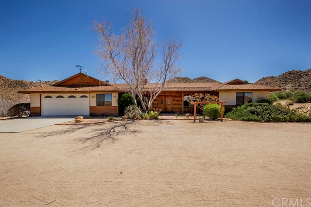 53655 Annie Oakley Road, Pioneertown, CA 92268