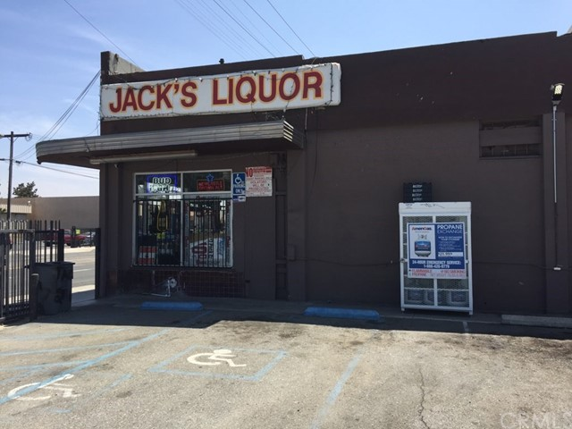 320 S Arrowhead Avenue, San Bernardino, CA 90408