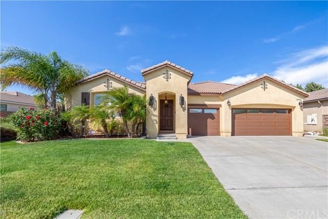 28242 Lookout Point Lane, Menifee, CA 92585