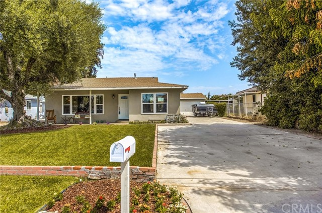 841 W Cully Drive, Orange, CA 92865