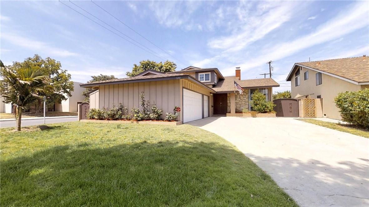3201 E Saint Francis Place, Long Beach, CA 90805