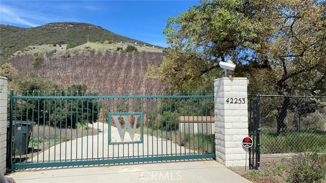 42253 Via Nortada, Temecula, CA 92590 Photo
