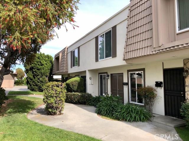 11023 El Paraiso Court, Fountain Valley, CA 92708