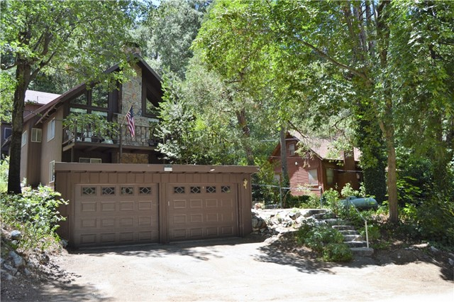 39519 Canyon Drive, Forest Falls, CA 92339