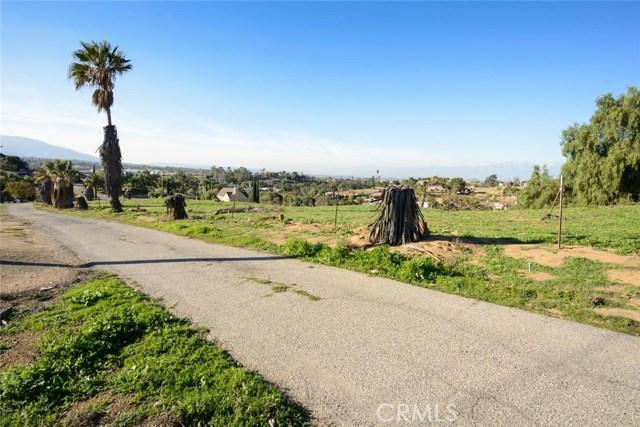 7535 Smerber Road, Corona, CA 92881