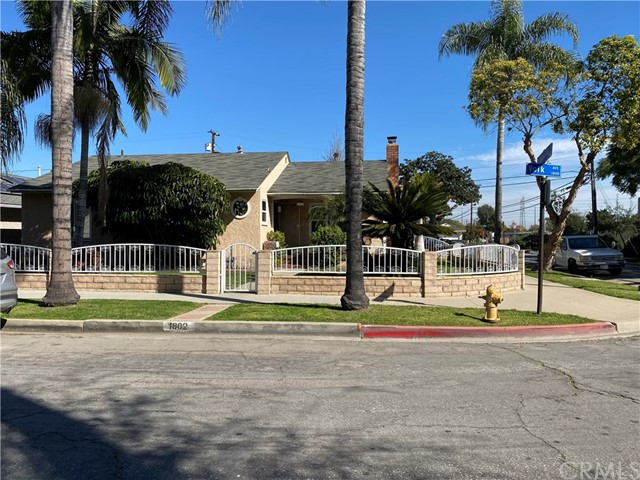 1802 Volk Avenue, Long Beach, CA 90815