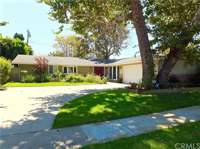 11336 Wembley Road, Los Alamitos, CA 90720
