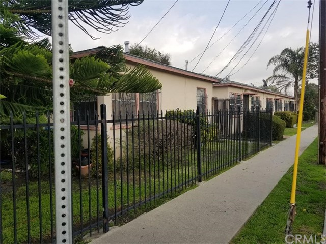 920 S Willowbrook Avenue, Compton, CA 90220