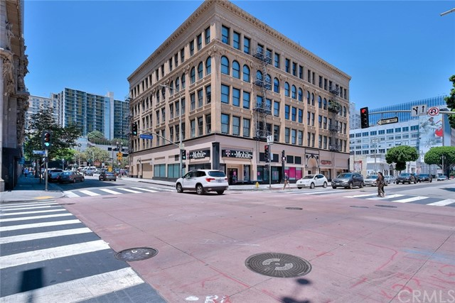 253 S Broadway 402, Los Angeles, CA 90012