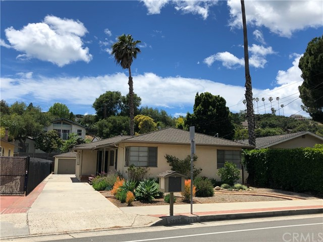 2133 Gillespie Street, Santa Barbara, CA 93101