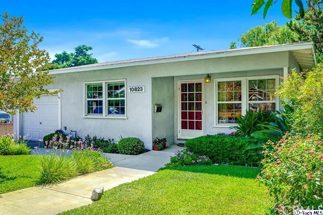10823 Parr Avenue, Sunland, CA 91040
