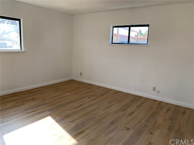 9561 Akron Rd, Lucerne Valley, CA 92356 Photo 9