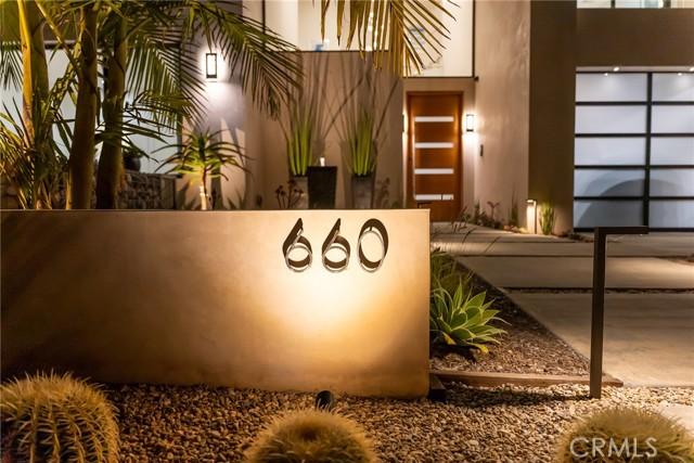 2. 660 Kings Road Newport Beach, CA 92663
