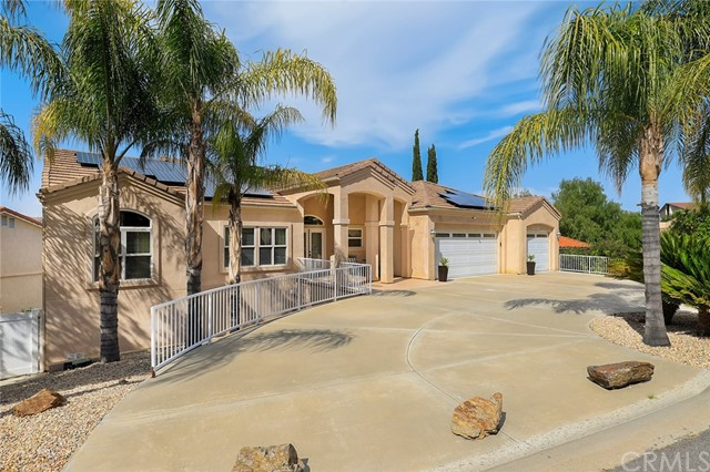 23740 Cruise Circle Drive, Canyon Lake, CA 92587