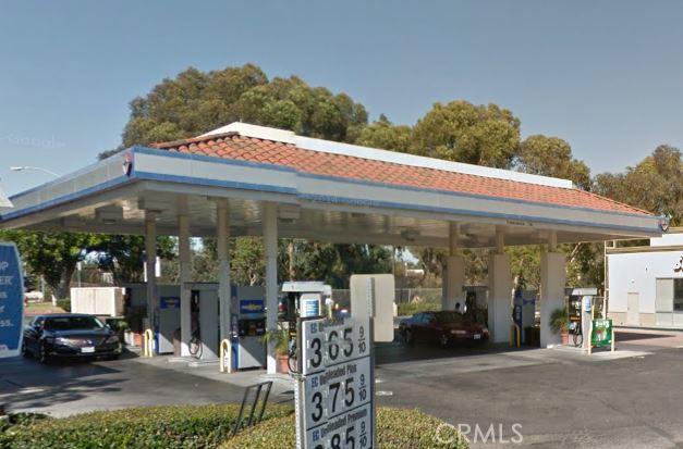 300 Bristol Street, Costa Mesa, CA 92626