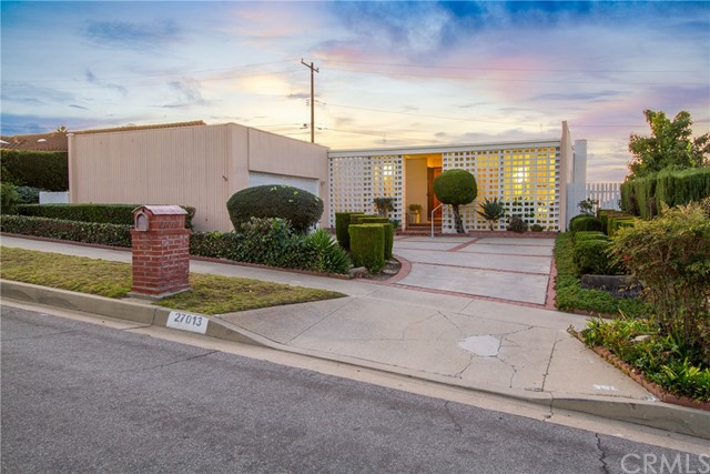 27013 Whitestone Road, Rancho Palos Verdes, California 90275, 4 Bedrooms Bedrooms, ,1 BathroomBathrooms,For Sale,Whitestone,AR21011094