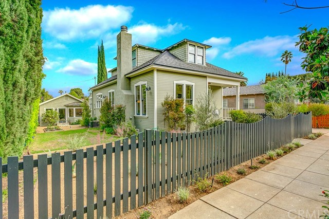712 Hawthorne Street, South Pasadena, CA 91030