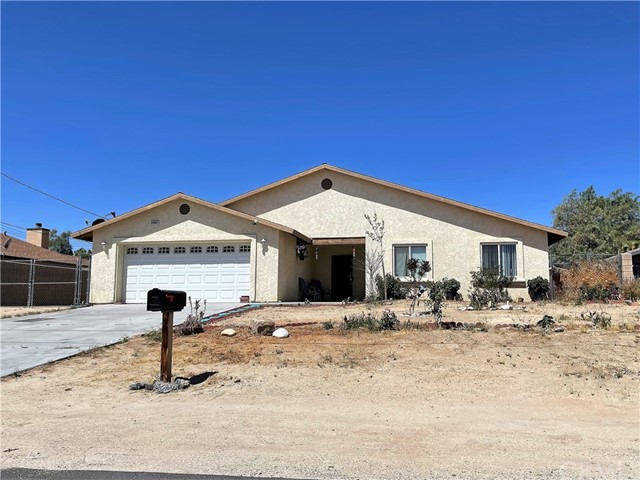 6958 Mohawk Trail Yucca Valley, CA 92284