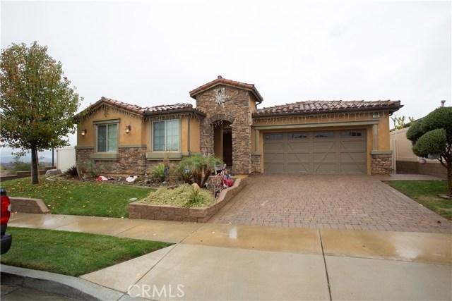 166 Country Club Drive, Calimesa, CA 92320
