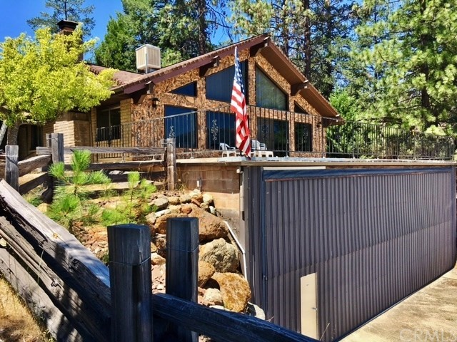 91 Lakeview Drive, Trinity Center, CA 96091