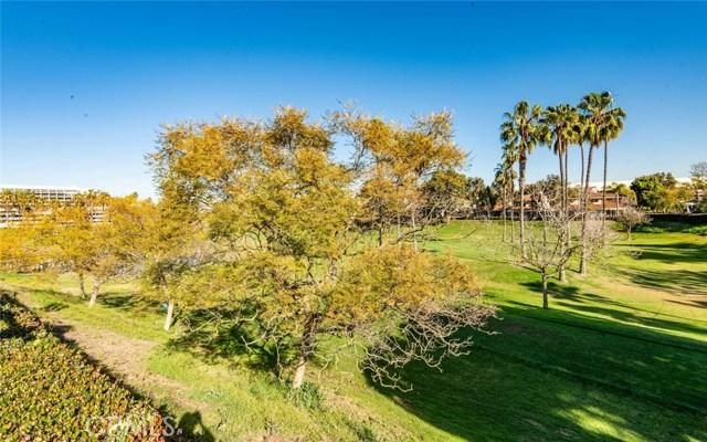 14 Fairway Drive, Manhattan Beach, California 90266, 3 Bedrooms Bedrooms, ,3 BathroomsBathrooms,For Sale,Fairway,SB21013351