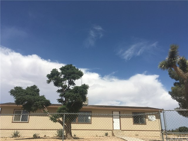 11285 Acanthus Street, Phelan, CA 92371