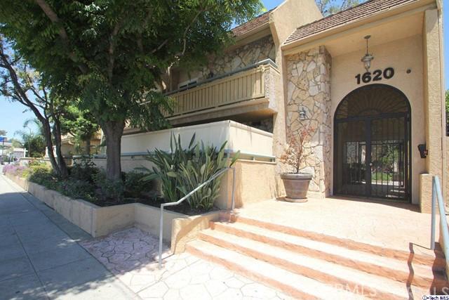 1620 N San Fernando Boulevard