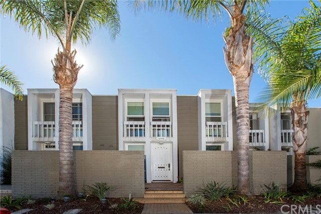 4062 Aladdin Drive, Huntington Beach, CA 92649