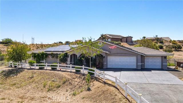 8071 Anaconda Av, Oak Hills, CA 92344 Photo 4