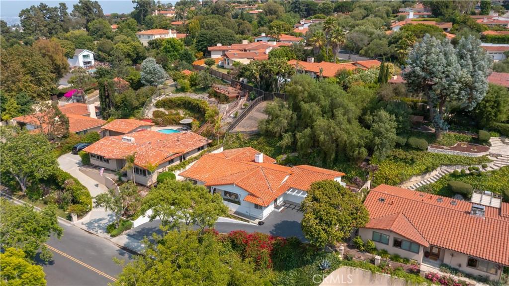 Photo of 2220 Via Fernandez, Palos Verdes Estates, CA 90274