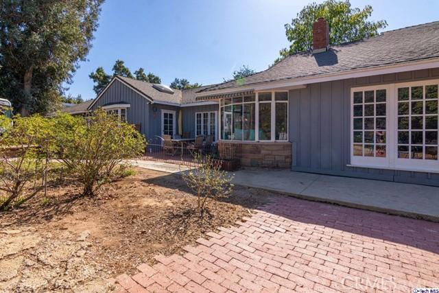 13029 Gladstone Avenue, Sylmar, CA 91342