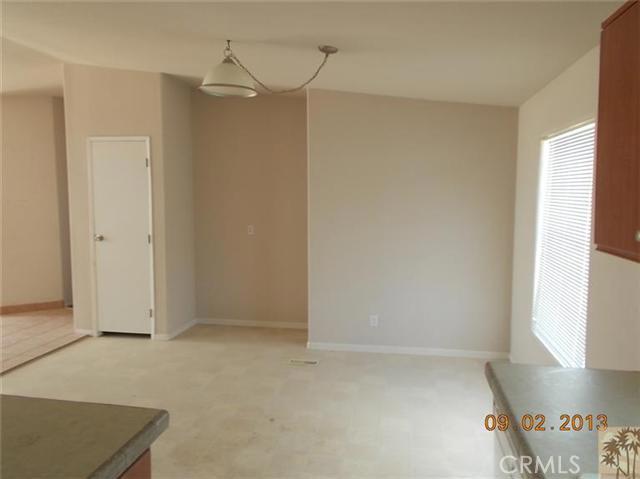 60422 Stearman Rd, Landers, CA 92285 Photo 8