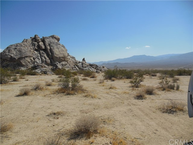 104 Verde Rd, Lucerne Valley, CA 92356 Photo 7