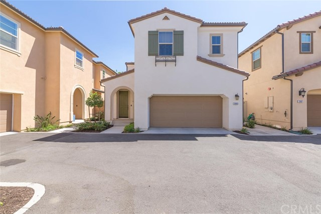 2983  Villa Catalonia Circle, Corona, California